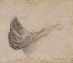 Meryem için kumaş kıvrımı çalışması, 1510-1515 dolayları, Siyah tebeşir, Royal Collection, Windsor Castle, İngiltere.