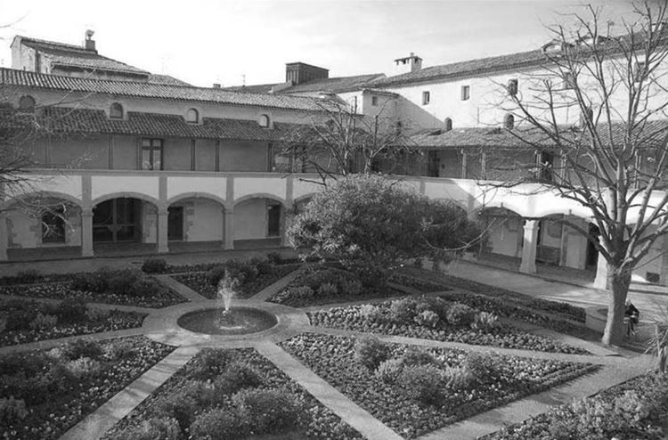 Arles'teki Hastane Avlusu, 1889 picture