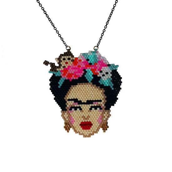 Frida - Maymunlu, Turuncu Çiçekli Portre Tasarım - Miyuki Kolye